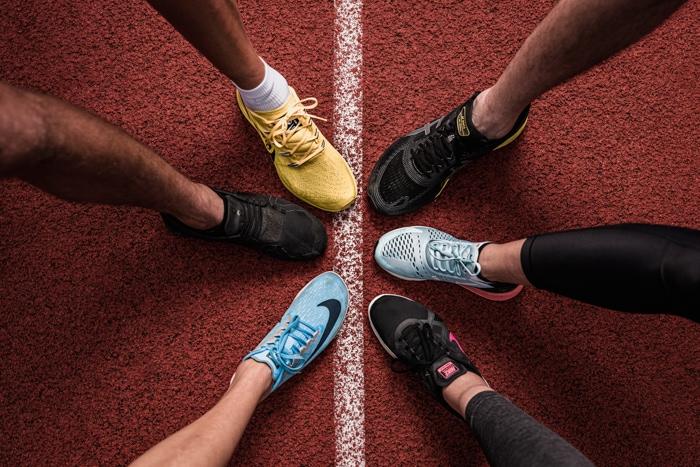 Beine, Team, Laufbahn, Nike, Asics