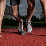 Läufer, Athlet, Laufbahn, Munot, Sportplatz, Adidas, Schuhe, Beine, Arme